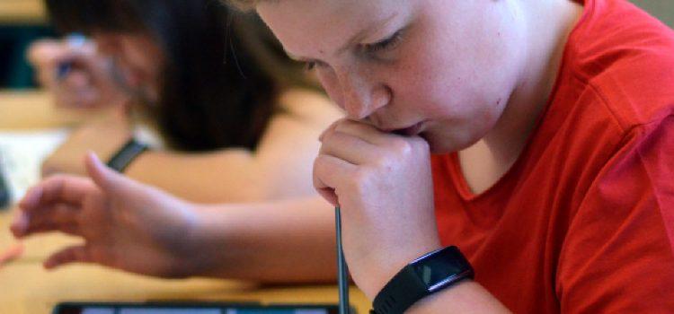 """Activity Tracker in der Schule – Bericht in der Zeitschrift """"Betrifft Sport"""""""